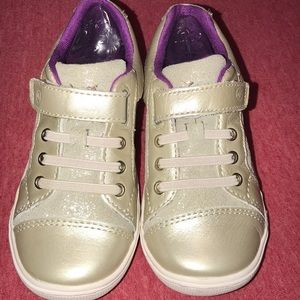 Stride rite girl shoes 8.5T